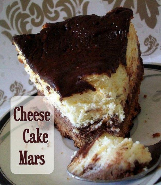 """RDV aux mignardises : """"Recette de Cheesecake assez décadante aux barres chocolatées Mars"""""""