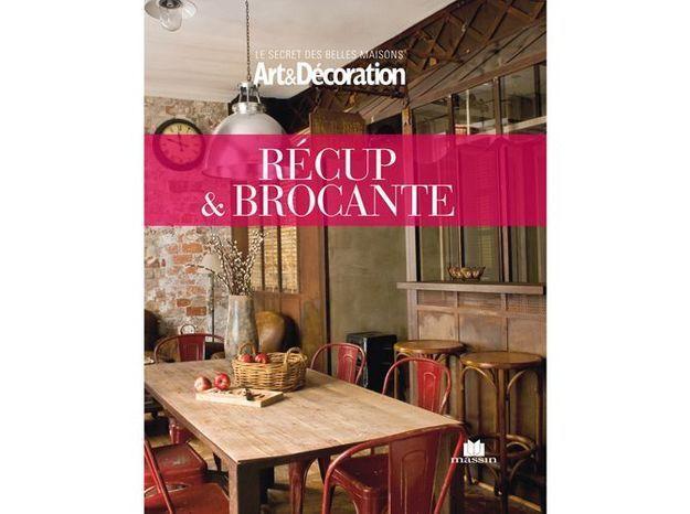 livre art d coration 39 r cup brocante 39 elle d coration. Black Bedroom Furniture Sets. Home Design Ideas