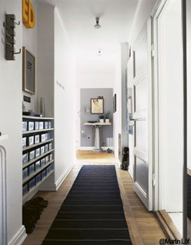 comment decorer un long couloir etroit maison design