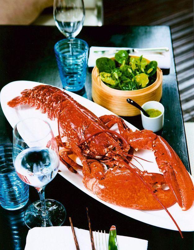 On en pince pour le homard elle table - Comment cuisiner le homard ...