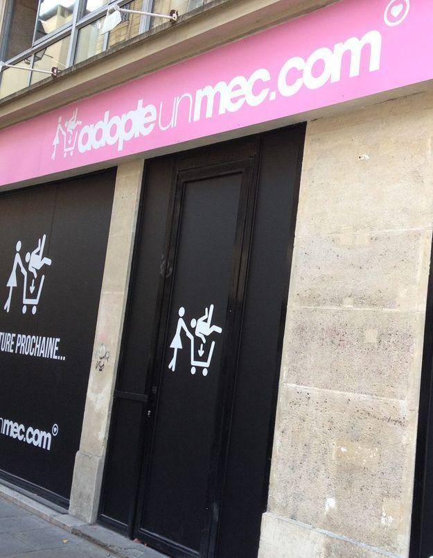 « Adopte un mec » ouvre sa boutique