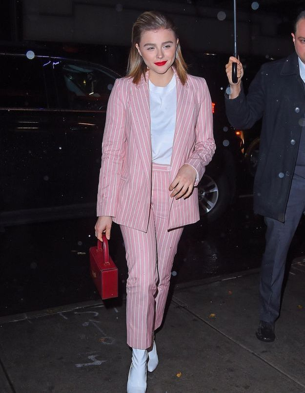 On craque pour le total look rose de Chloë Grace Moretz