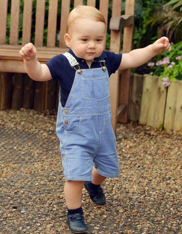 Découvrez l'adorable photo officielle du Prince George !