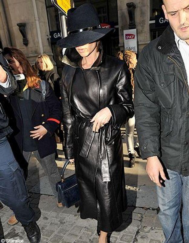 Victoria Beckham Incognito 224 La Gare Du Nord De Paris Elle