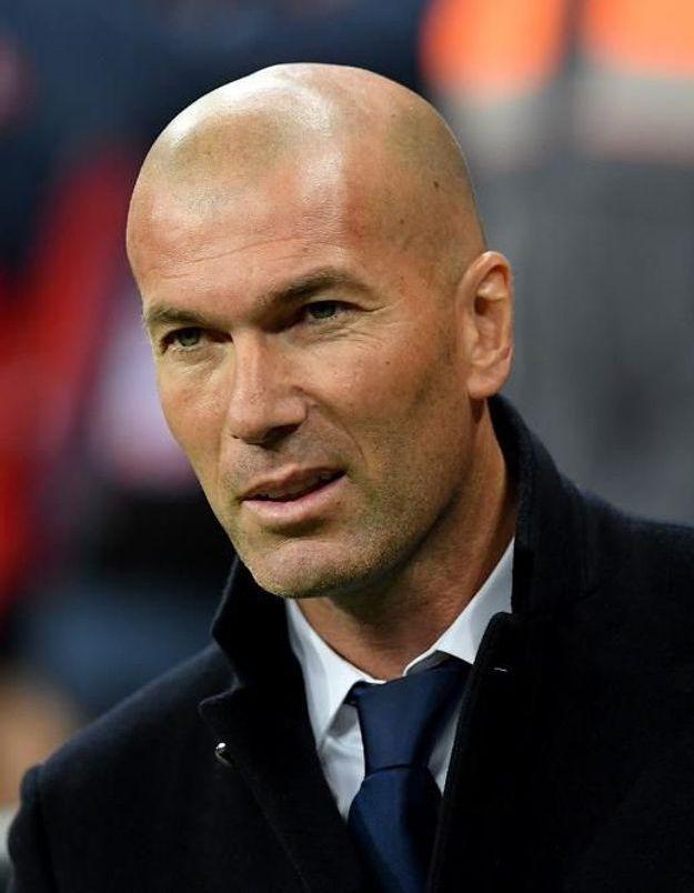 Zinedine-Zidane-avec-sa-femme-et-ses-fil