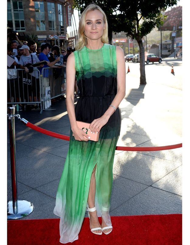 Le look du jour : Diane Kruger amoureuse à la première de « The Bridge »