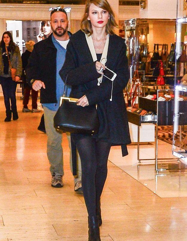 Le look du jour: Taylor Swift en pleine virée shopping