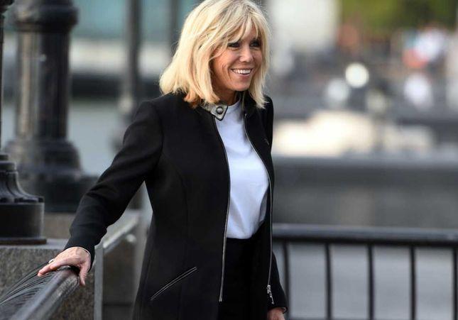 Brigitte Macron abandonne le carré le temps d'une soirée