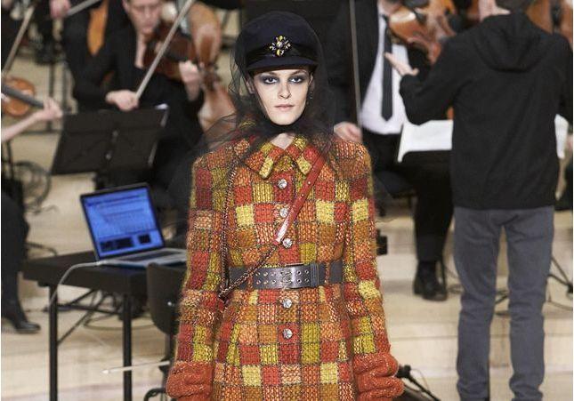 Les Métiers d'art de Chanel : les artisans de la grâce