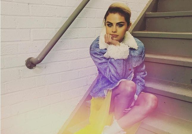 Pour moins de 55 euros on s'offre la veste de Selena Gomez