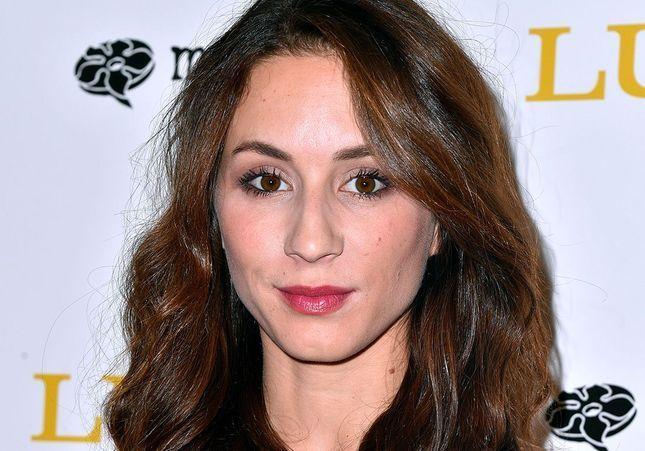 Pourquoi cette actrice de Pretty Little Liars sera au mariage de Harry et Meghan ?
