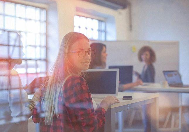 Freelance, mais pas toute seule