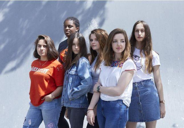 Génération Z : comment le féminisme vient à nos filles