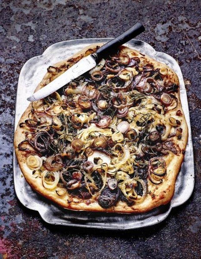 pizzas base de poissons recettes de cuisine pizzas base de poissons elle table. Black Bedroom Furniture Sets. Home Design Ideas