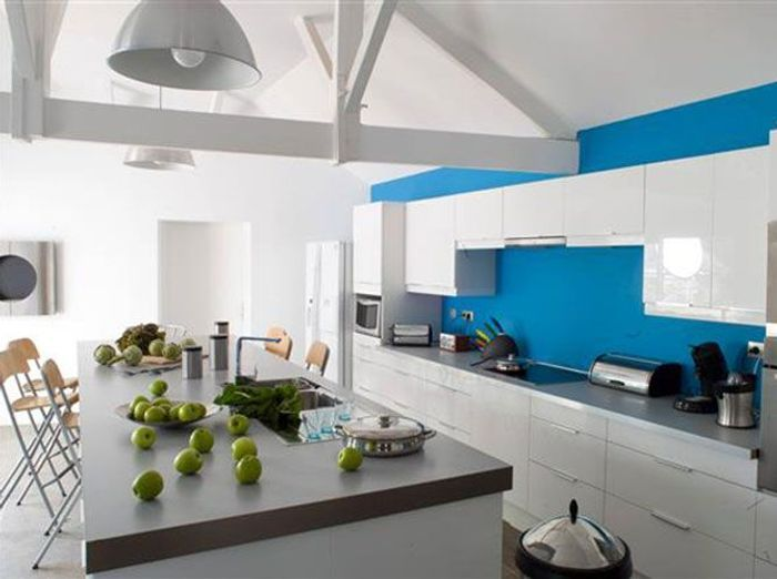 Mettez de la couleur en cuisine elle d coration for Deco cuisine couleur