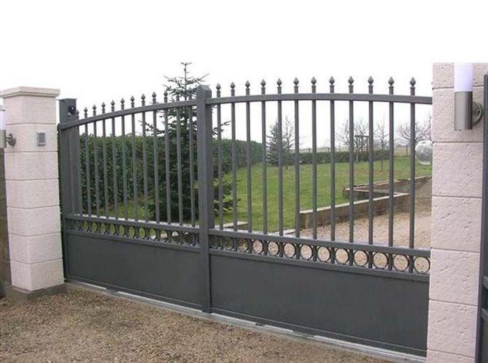 Un portail pour tous les styles elle d coration for Photos portail fer forge moderne
