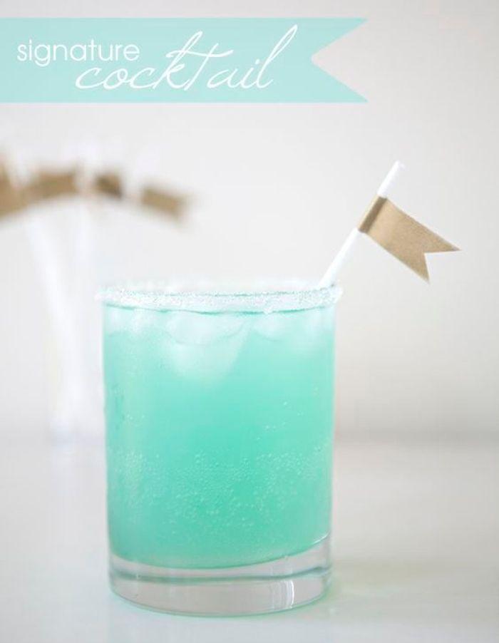 Extrêmement Cocktail bleu turquoise - Des cocktails bleus pour encourager son  VI46