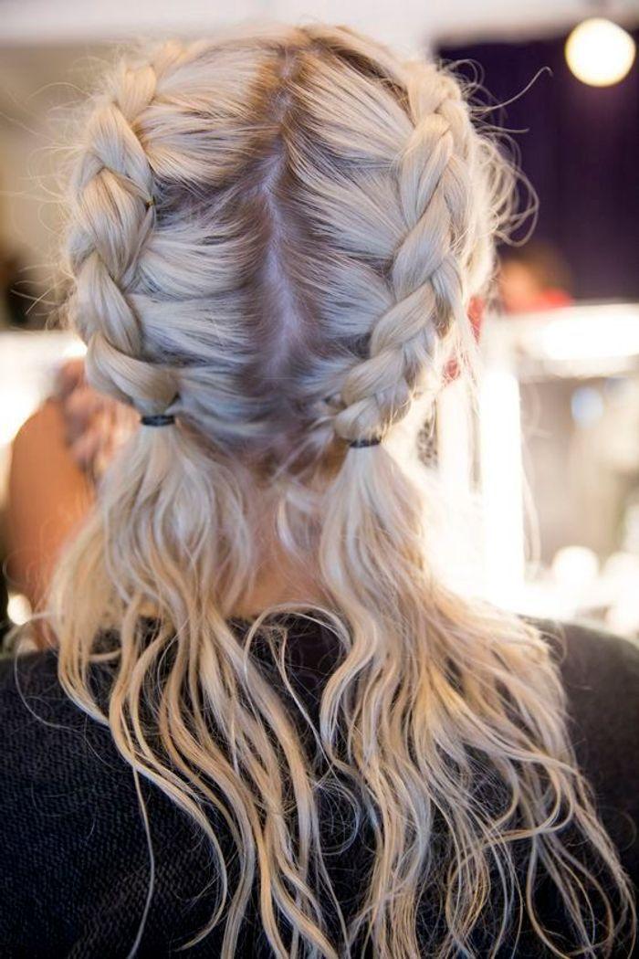 cheveux attach s boxer braids automne hiver 2016 cheveux attach s 60 id es de coiffures. Black Bedroom Furniture Sets. Home Design Ideas