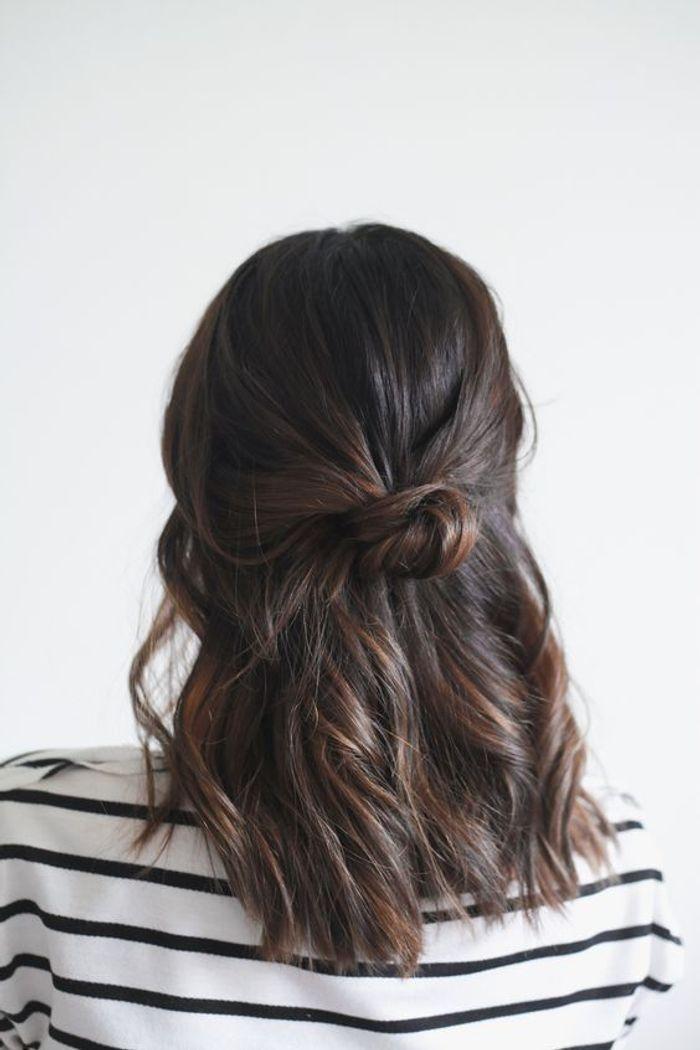 cheveux attach s brun automne hiver 2016 cheveux. Black Bedroom Furniture Sets. Home Design Ideas