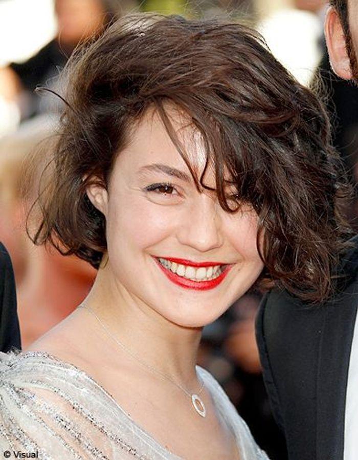 Beaute tendance cheveux coiffure coupe carre people Juliette ...