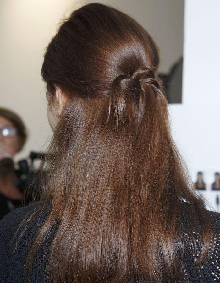Half-up sur cheveux naturels