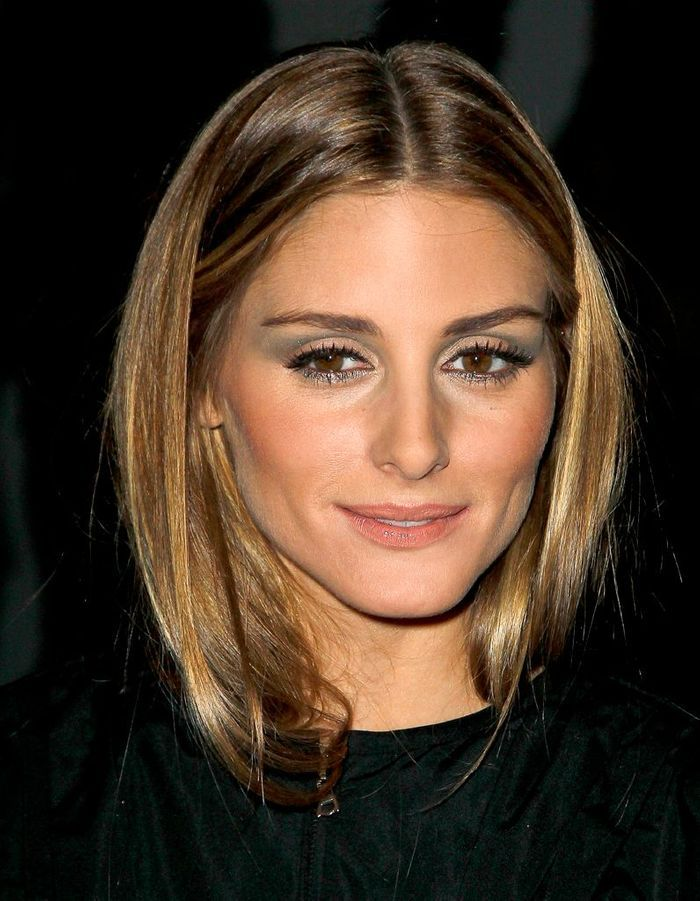 les cheveux ch tain clair d 39 olivia palermo ind modable le ch tain clair illumine les cheveux. Black Bedroom Furniture Sets. Home Design Ideas