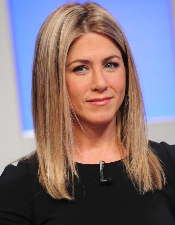 Le retour du lissage baguette en 2011 l volution coiffure de jennifer aniston elle - Coiffure jennifer aniston ...
