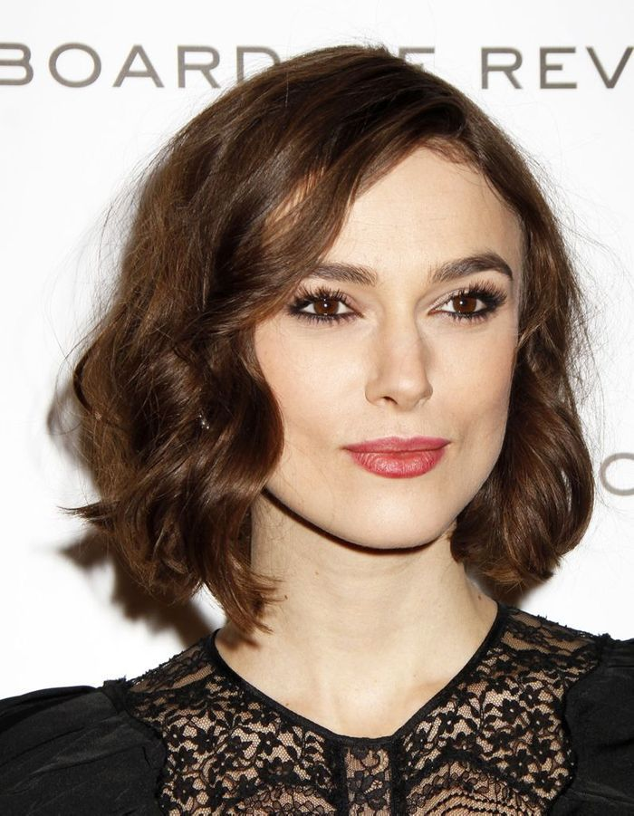 le carr ondul de keira knightley le choix des stars pour rafra chir leur coupe le carr. Black Bedroom Furniture Sets. Home Design Ideas