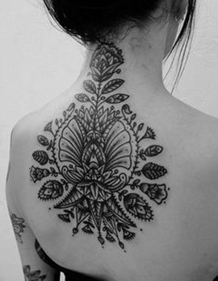 id e tatouage une cr ation florale les 40 plus beaux. Black Bedroom Furniture Sets. Home Design Ideas
