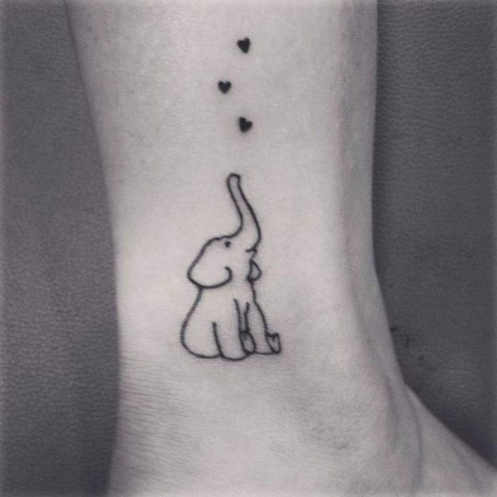 Drawing Lines On Your Skin With My Fingertips : Tatouage cheville mignon idées de tatouages pour