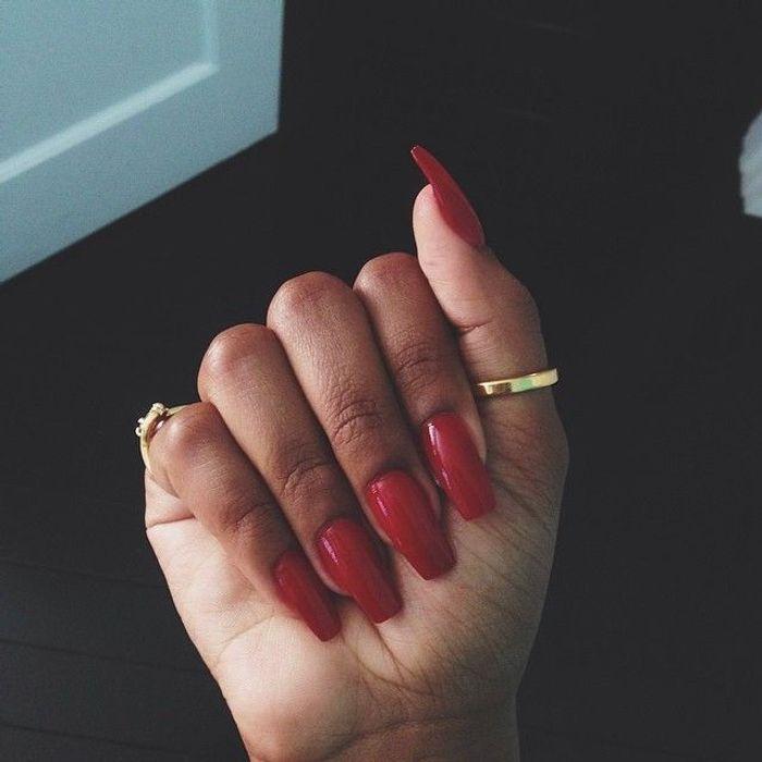 Ongles griffes couleur clawnails la manucure entre tendance et mauvais go t elle - Couleur ongles 2017 ...