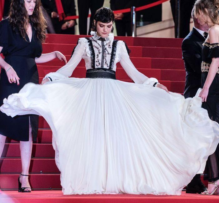 Soko - Cannes 2017 : les meilleures photos de la Croisette ...