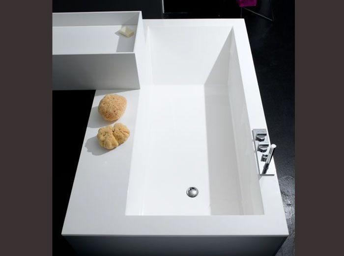 Baignoires d 39 exception elle d coration for Deco salle de bain trackid sp 006