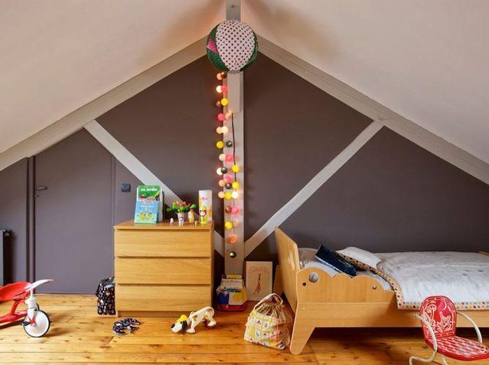 Chambres d 39 enfants plein d 39 id es d co elle d coration for Guirlande lumineuse chambre enfant