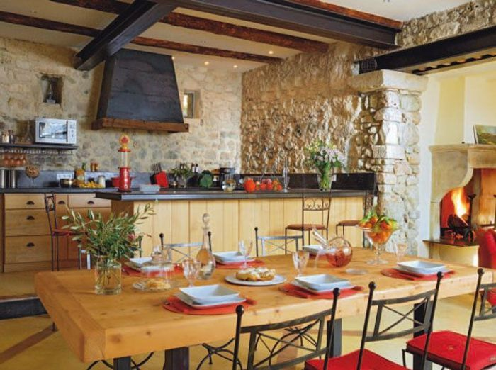 Cuisines familiales partage et convivialit elle for Cuisine amenagee originale