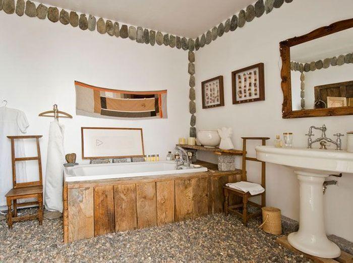 Des salles de bains qui invitent au voyage elle d coration for Elle deco salle de bain