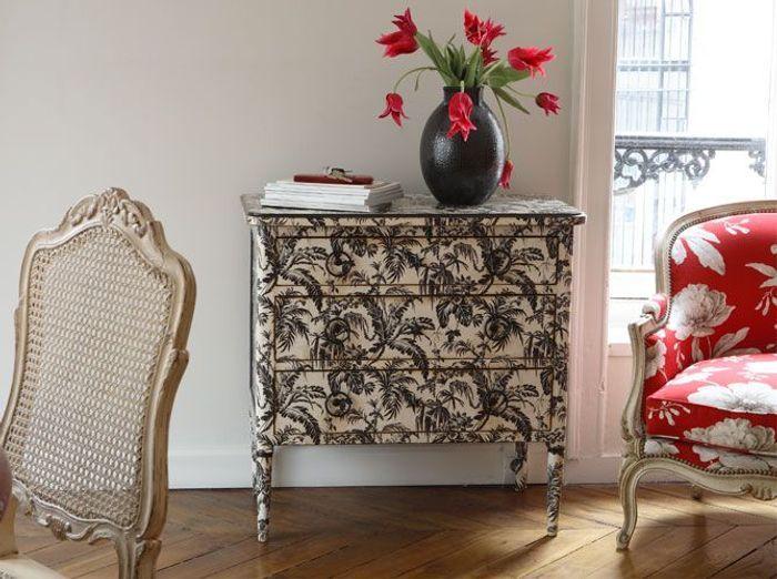 le cachet des meubles peints elle d coration. Black Bedroom Furniture Sets. Home Design Ideas