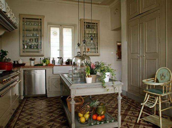 Une belle et grande cuisine pour recevoir elle d coration for Deco cuisine classique