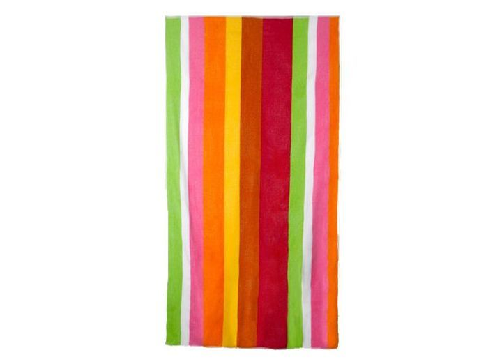 Une serviette de plage tendance cet été
