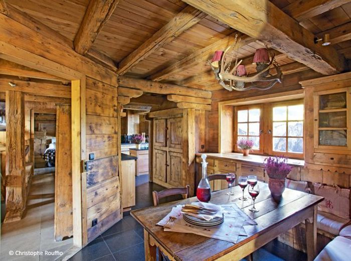 D couvrez un chalet typique au c ur de la savoie elle d coration - Decoration chalet savoyard ...