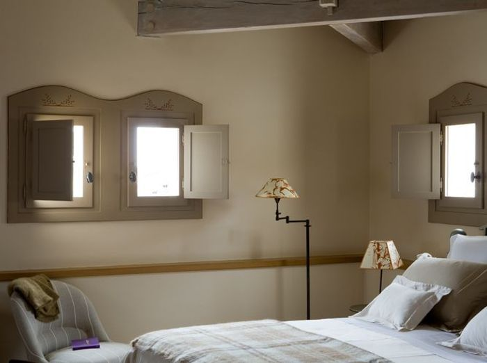 Volets int rieurs lumi re et fra cheur au rendez vous elle d coration - Decoration usa pour chambre ...