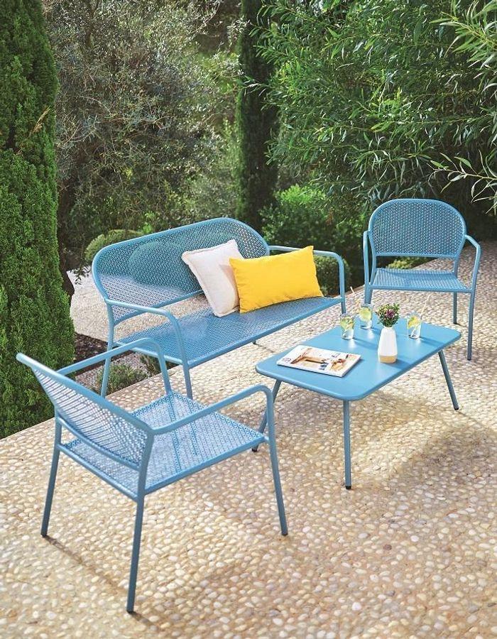 Une table de balcon Gifi