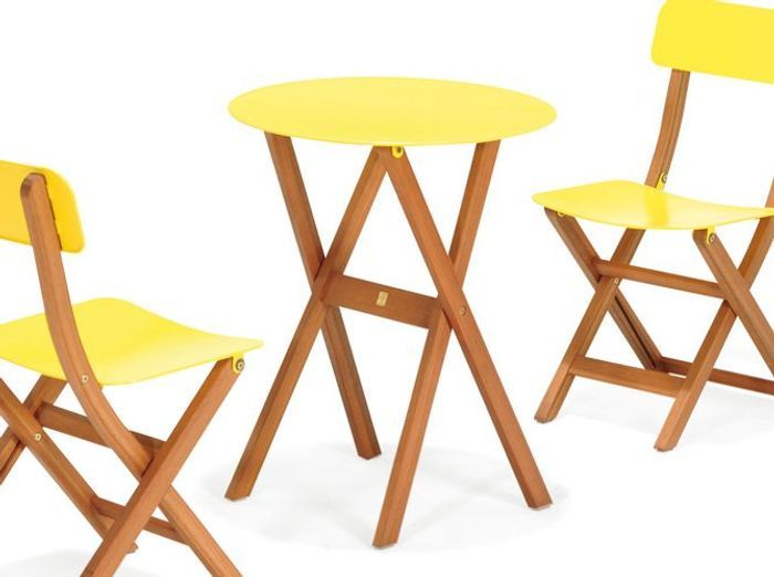 Choisissez votre table de jardin elle d coration for Table exterieur jaune