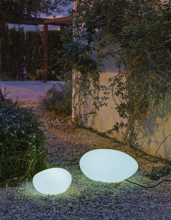 Une lampe de jardin Leroy merlin