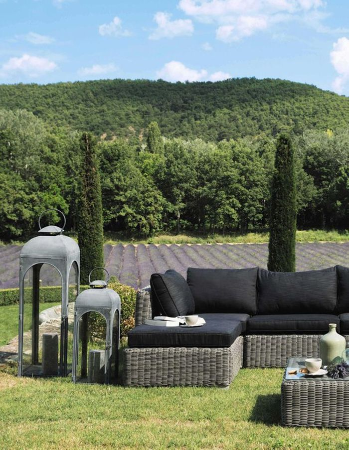 luminaire outdoor s lection des mod les du moment pour le jardin elle d coration. Black Bedroom Furniture Sets. Home Design Ideas