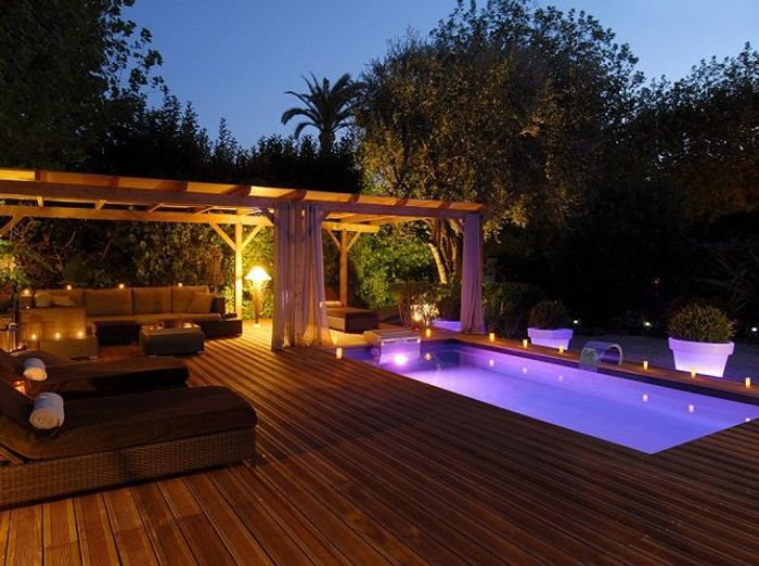 Decoration Exterieur Piscine #13: Installez Une Grande Pergola