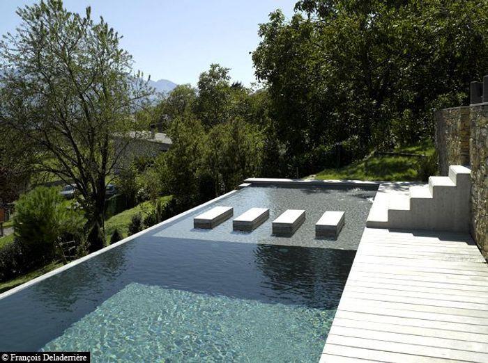 Une piscine pour tous les styles elle d coration for Piscine moderne design