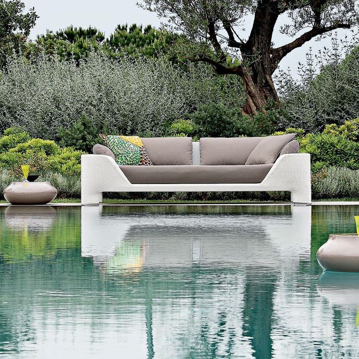 les canap s outdoor qu 39 on adore elle d coration. Black Bedroom Furniture Sets. Home Design Ideas