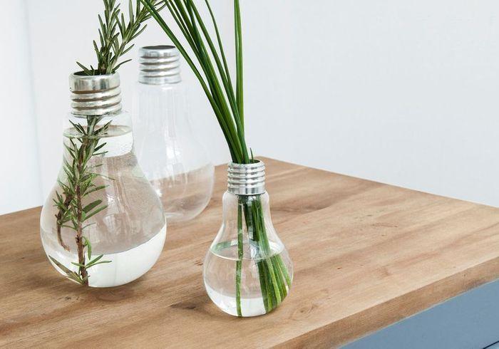 Vases en verre et métal AM.PM