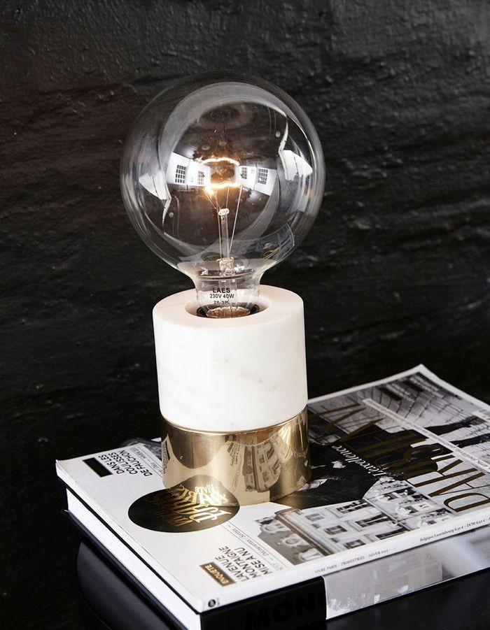 Lampe d'appoint en marbre et laiton